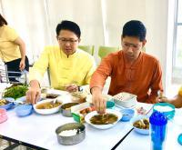 แต่งผ้าไทยกินมื้อเที่ยงเลี่ยงถุงพลาสติก__8.jpg