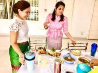 แต่งผ้าไทยกินมื้อเที่ยงเลี่ยงถุงพลาสติก__13.jpg